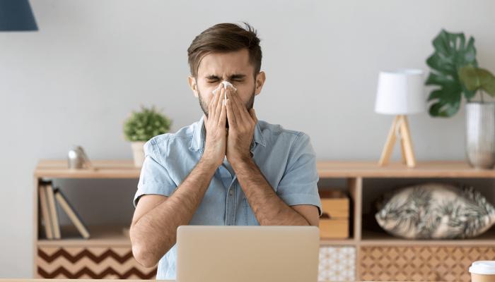 Przewlekły katar może sygnalizować chorobę. Co robić, gdy masz przewlekły katar?